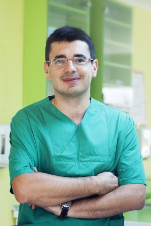 Dr adrian dragomir implant dentar cluj Implant dentar